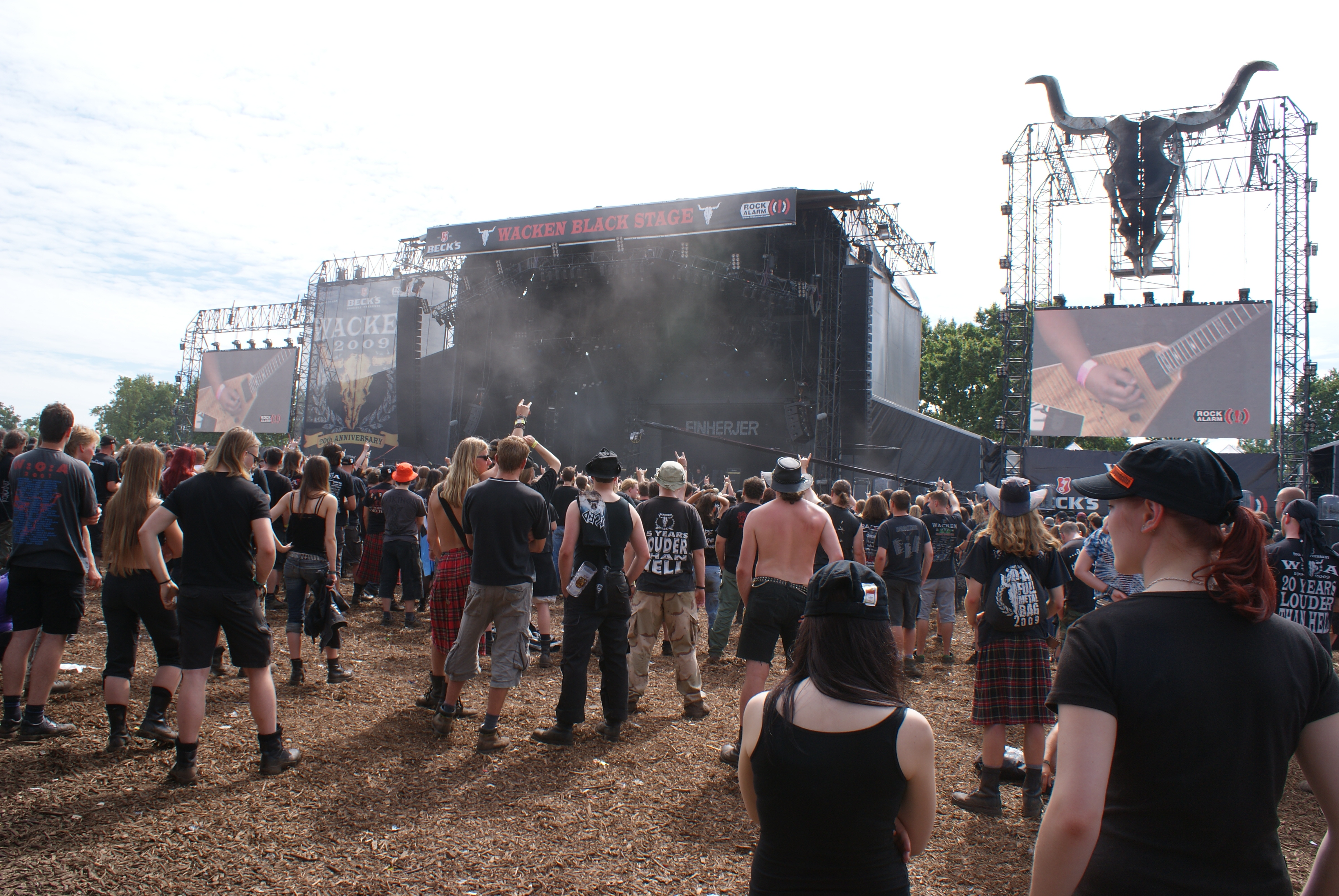Wacken Heavy Metal German Phrasebook